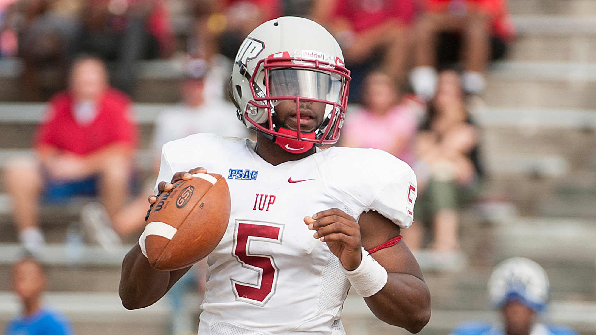 Indiana Gazette Crimson Hawks Qb Trying To Make Best Of Situation